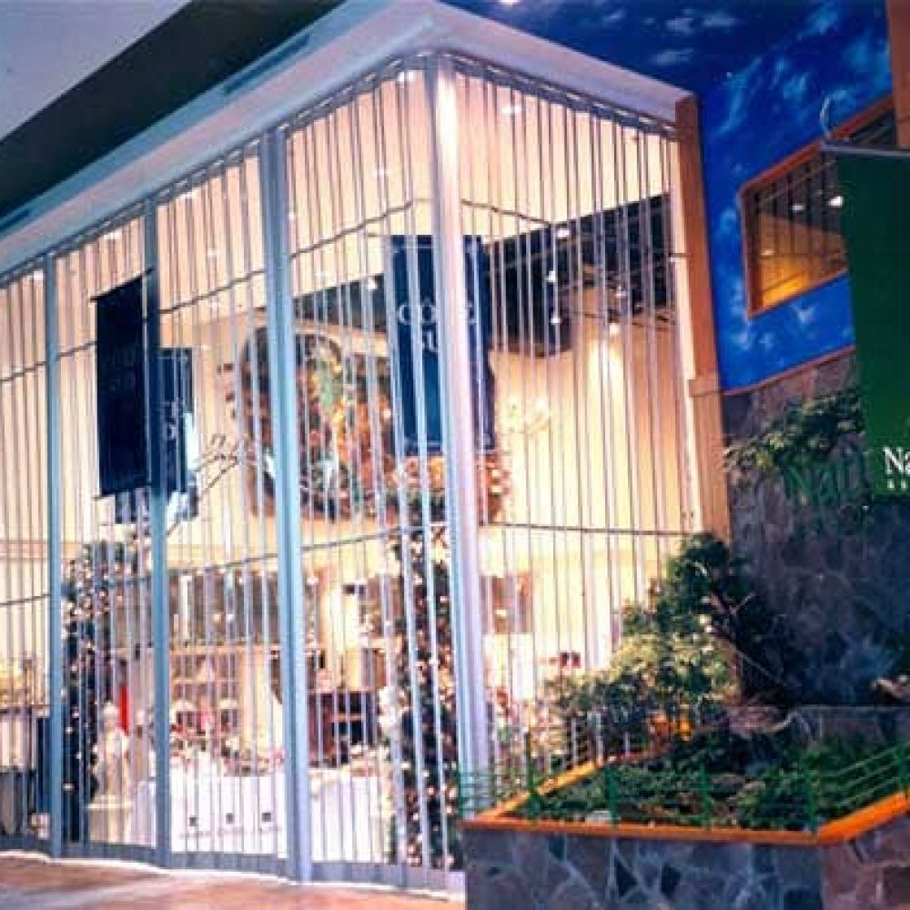 Polycarbonate folding security grills